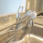 【究極】一人暮らしで飲料水を美味しく? 対策は浄水器がベスト!
