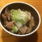 『牛すじ肉の煮込み豆腐』を、シャトルシェフを使って30分で時短調理!値段も手頃で栄養満点!